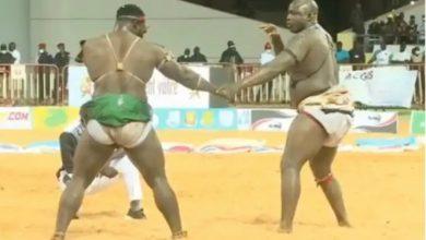 "Photo of السنغال: فوز المصارع  ""لاك 2"" بعد انتصاره على منافسه في نهائي الموسم"